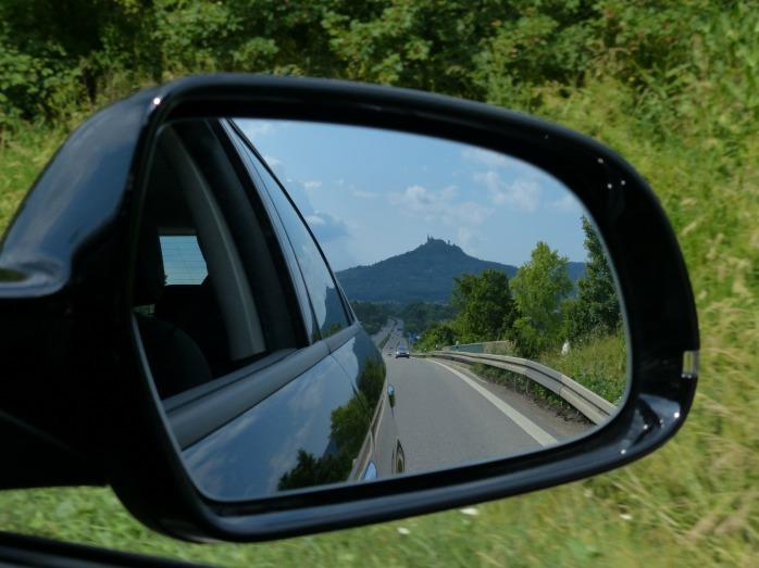 rear-mirror-167581_1920
