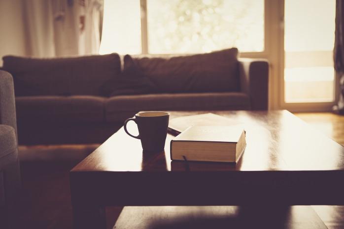 living-room-690174_1920.jpg
